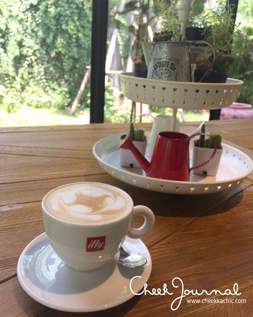 CheekJournal - Sanctuary Paknam - coffee